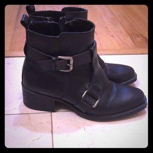 Zara Moto boot black ankle length